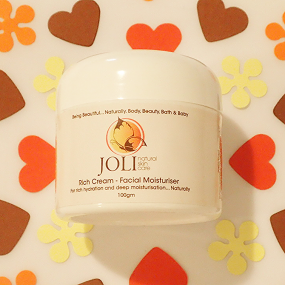 joli, rich cream moisturiser